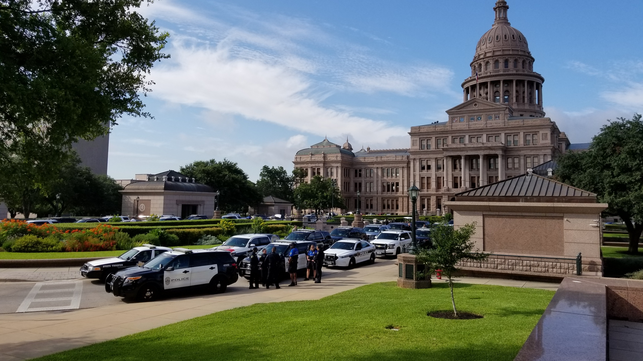 Stand with Law Enforcement at Capitol_502626