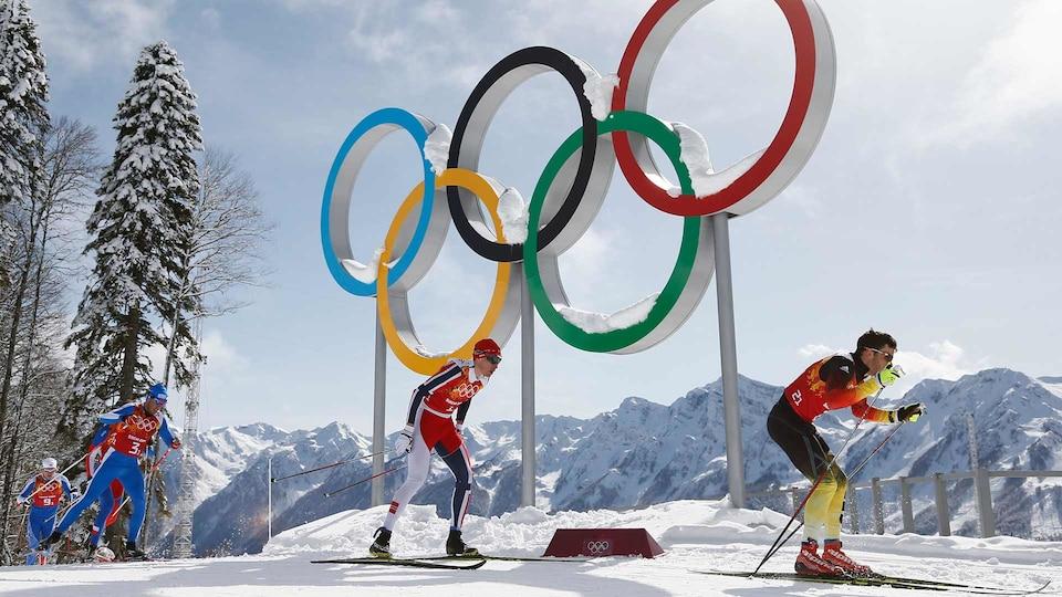 cross-country-ski-sochi-olympic-rings-usatsi_7753189_521647