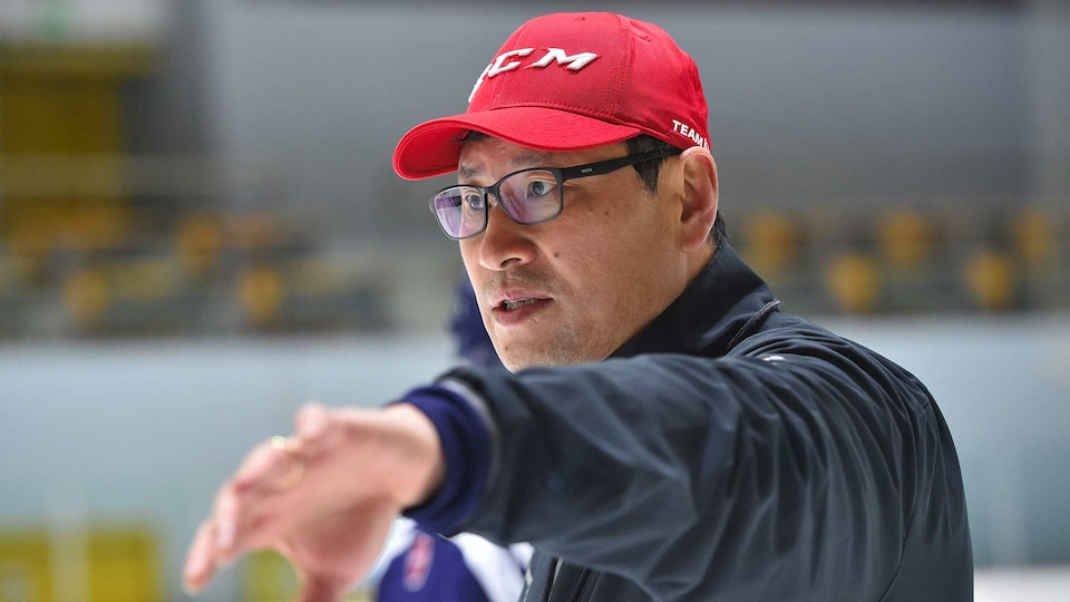 jim-paek-south-korea-mens-hockey-coach-gettyimages-652707336_521617