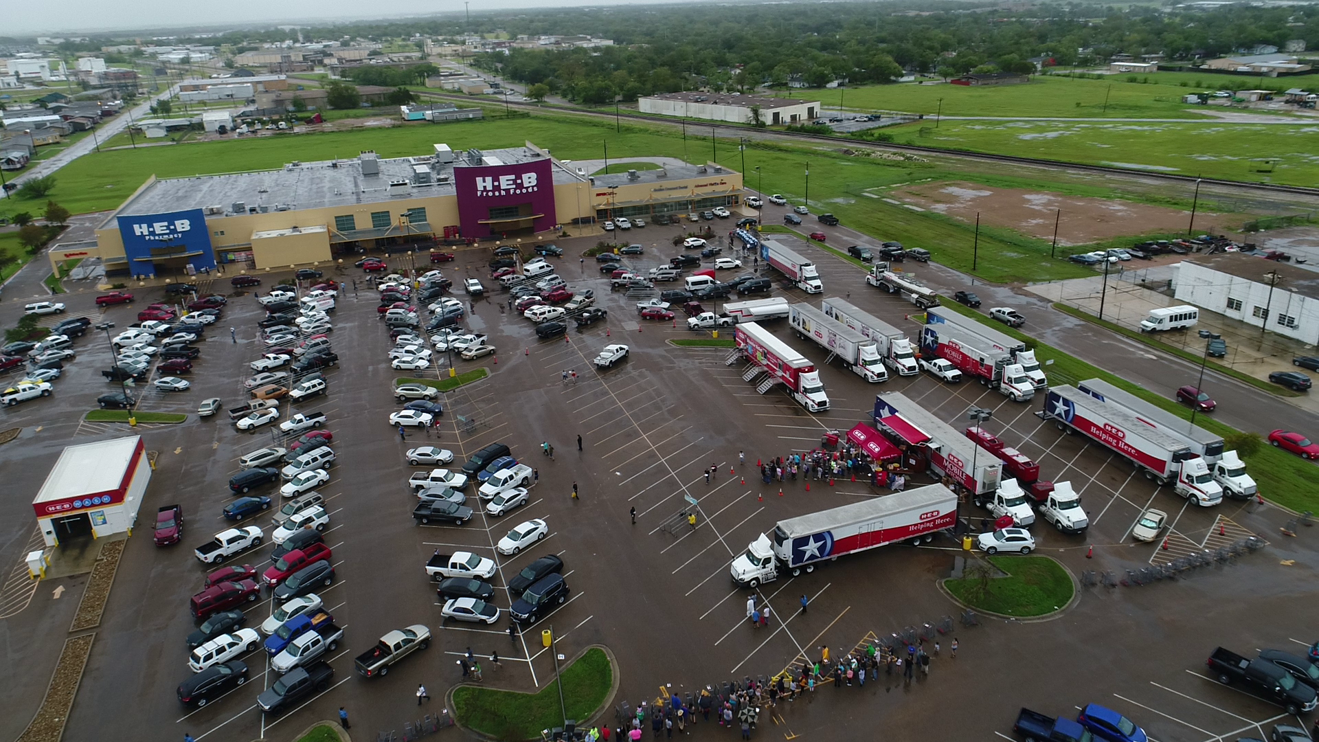 HEB Disaster Relief_534164