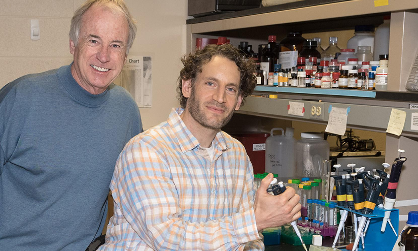 UT scientists Stephen Martin and James Sahn have discovered a new, non-addictive pain reliever compound.  (Photo Courtesy UT Austin).