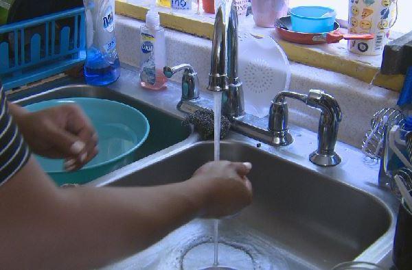 sink water kitchen_551103