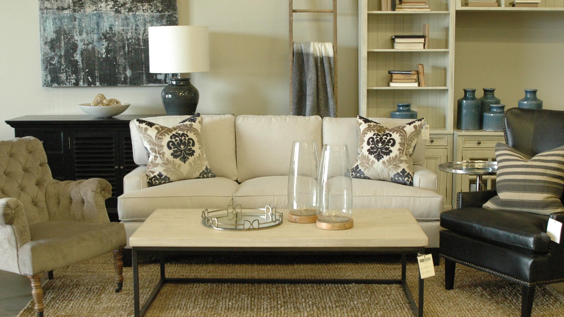 studio-512-kc-grey-home-pillows-4_539691