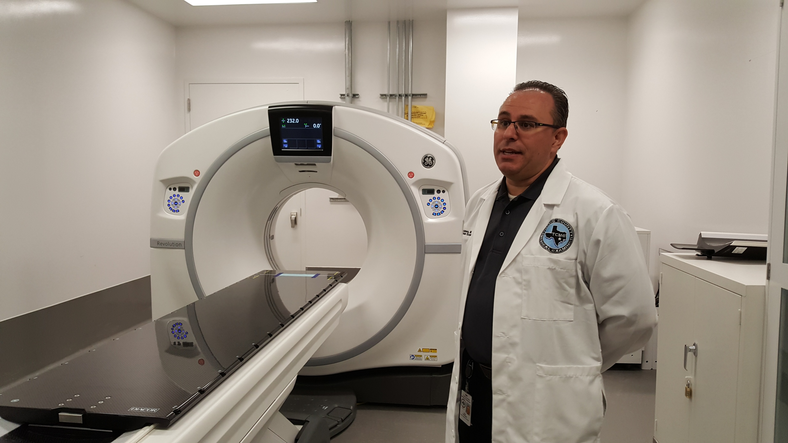 Travis County Medical Examiner's Office - CT scanner_560436