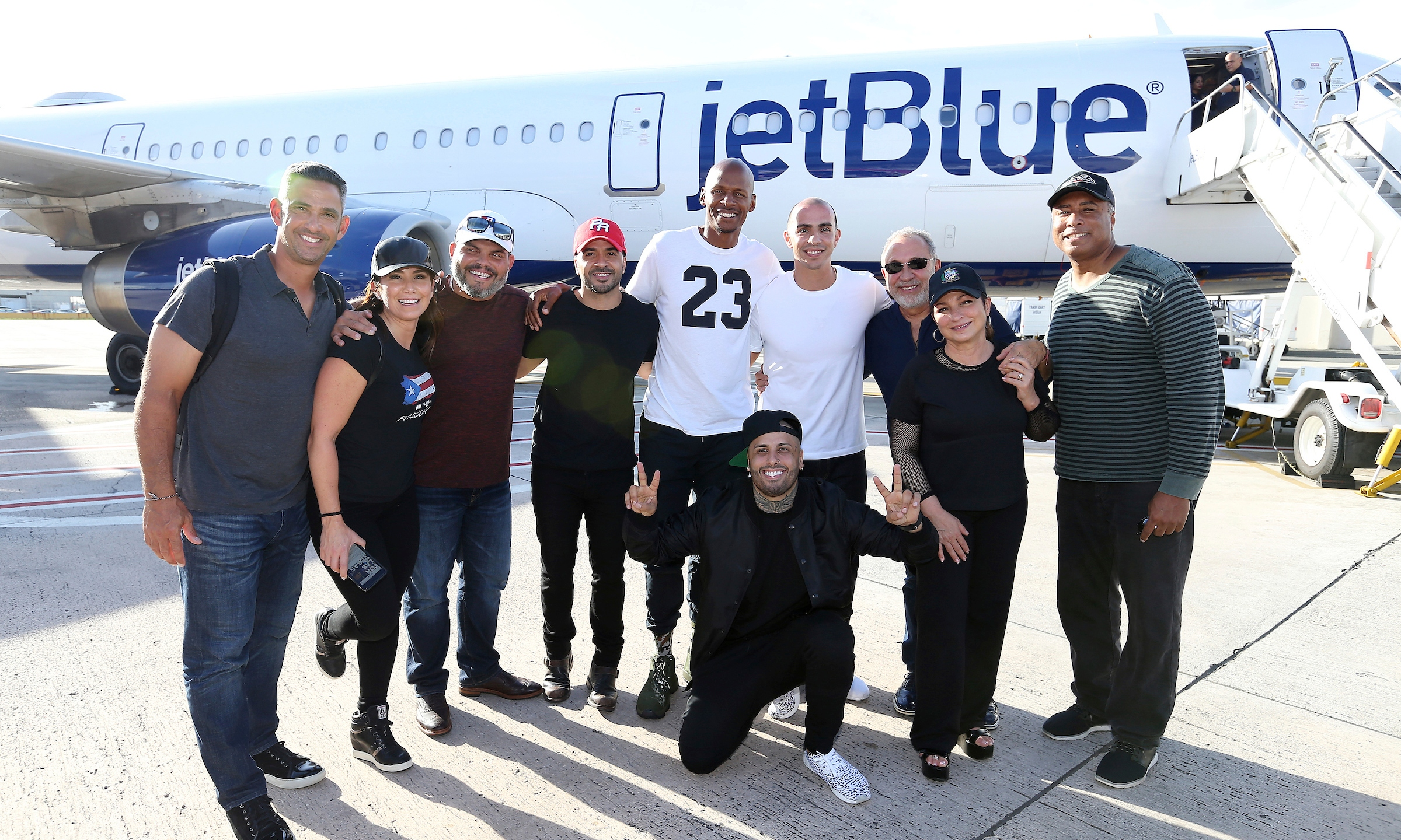 #100x35JetBlue Special Relief Effort to Puerto Rico Led by Singer Luis Fonsi_565260