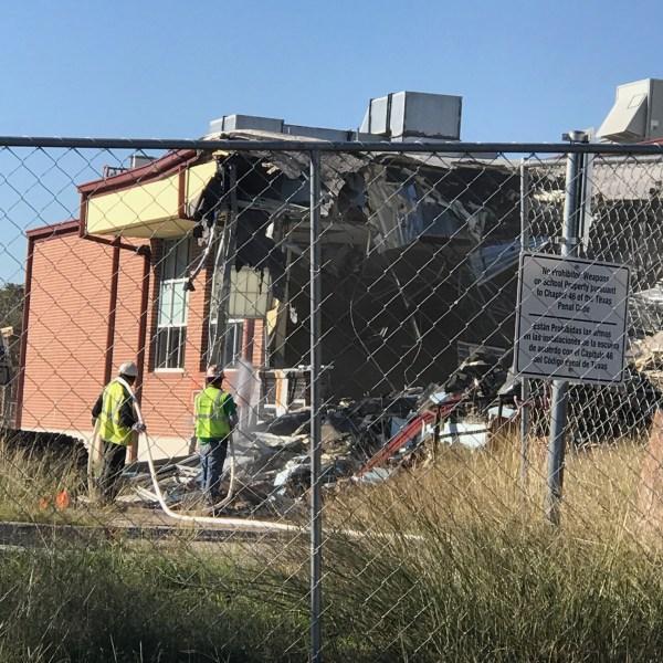 TA Brown Elementary demolition_563834