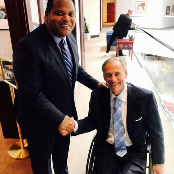 State Rep. Eric Johnson, left, and Gov. Greg Abbott on Oct. 27, 2017_570556
