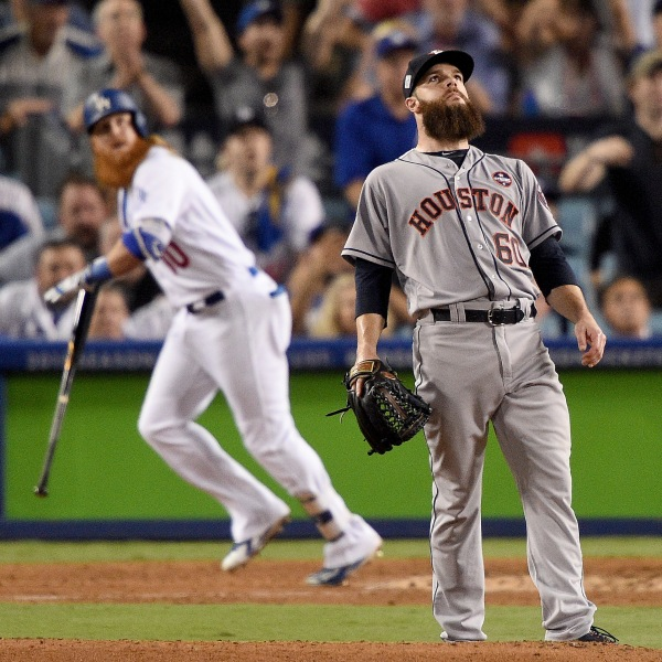 World Series - Houston Astros v Los Angeles Dodgers - Game One_568599