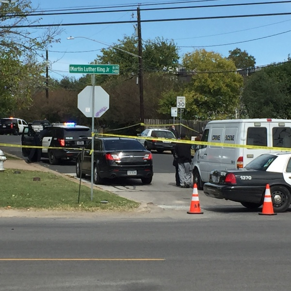 Man found shot to death in car on Martin Luther King Jr. Blvd near EM Franklin_570913
