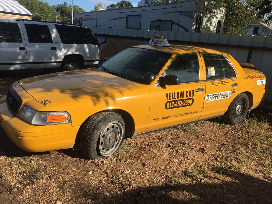 Austin Yellow Cab Taxi carjacking_556244