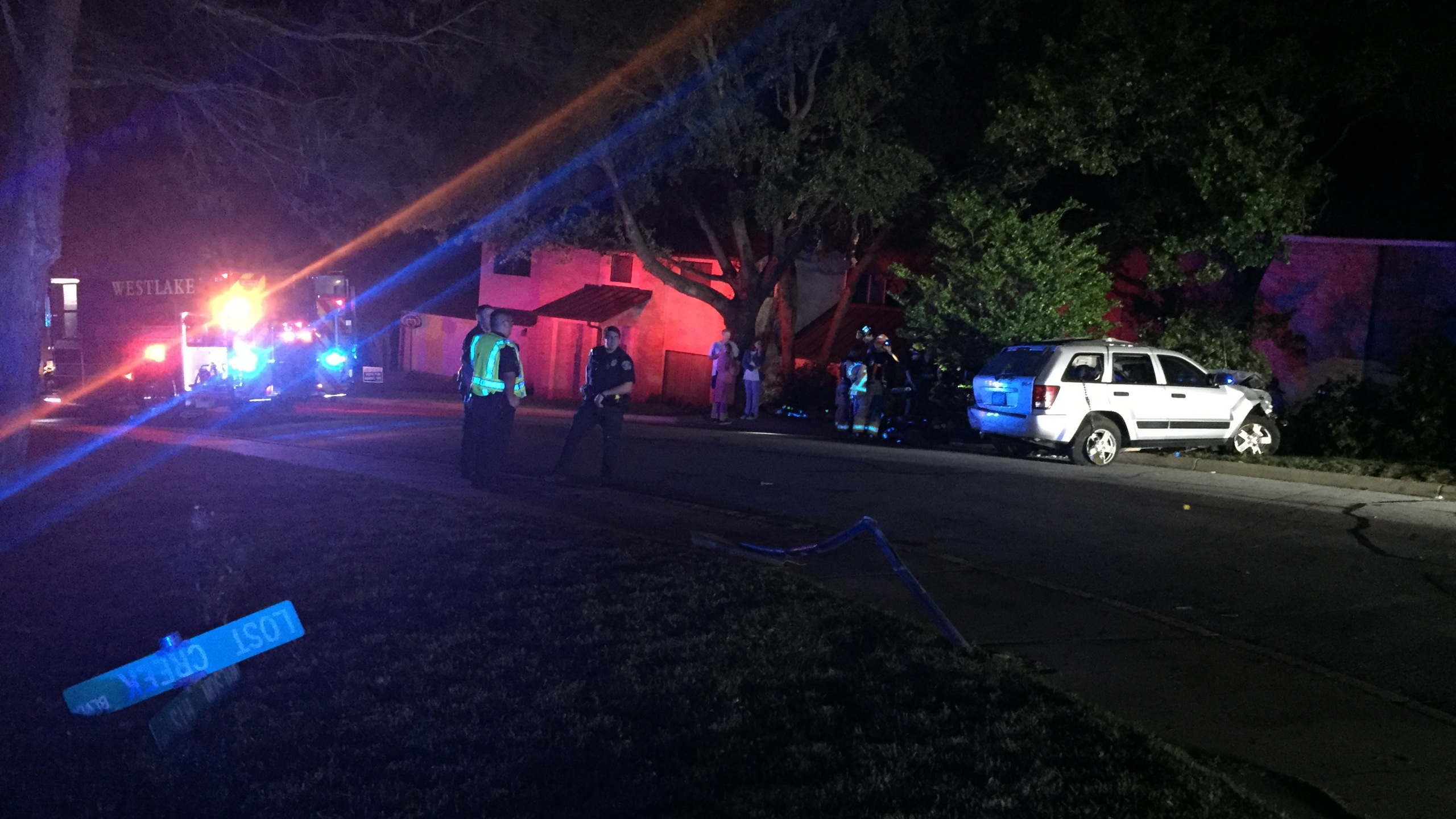wilson heights car into house_558798