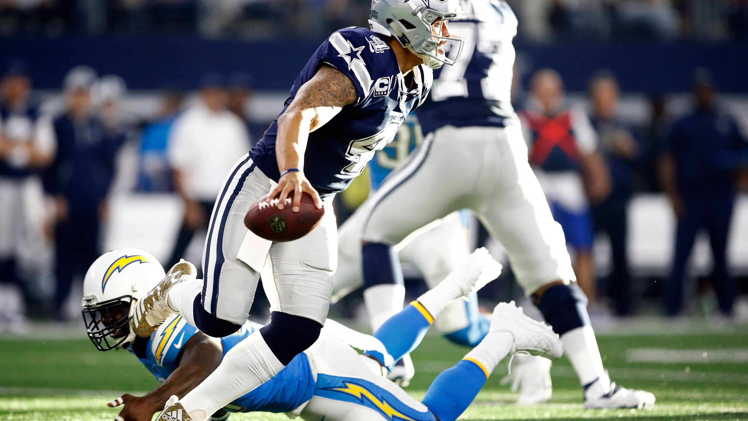 Los Angeles Chargers v Dallas Cowboys_586325