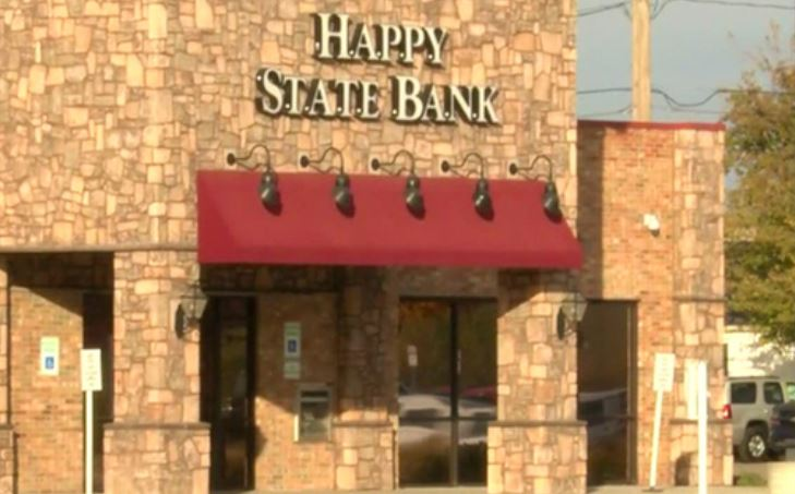 Happy State Bank on the corner of 19th and Quaker streets in Lubbock_584809