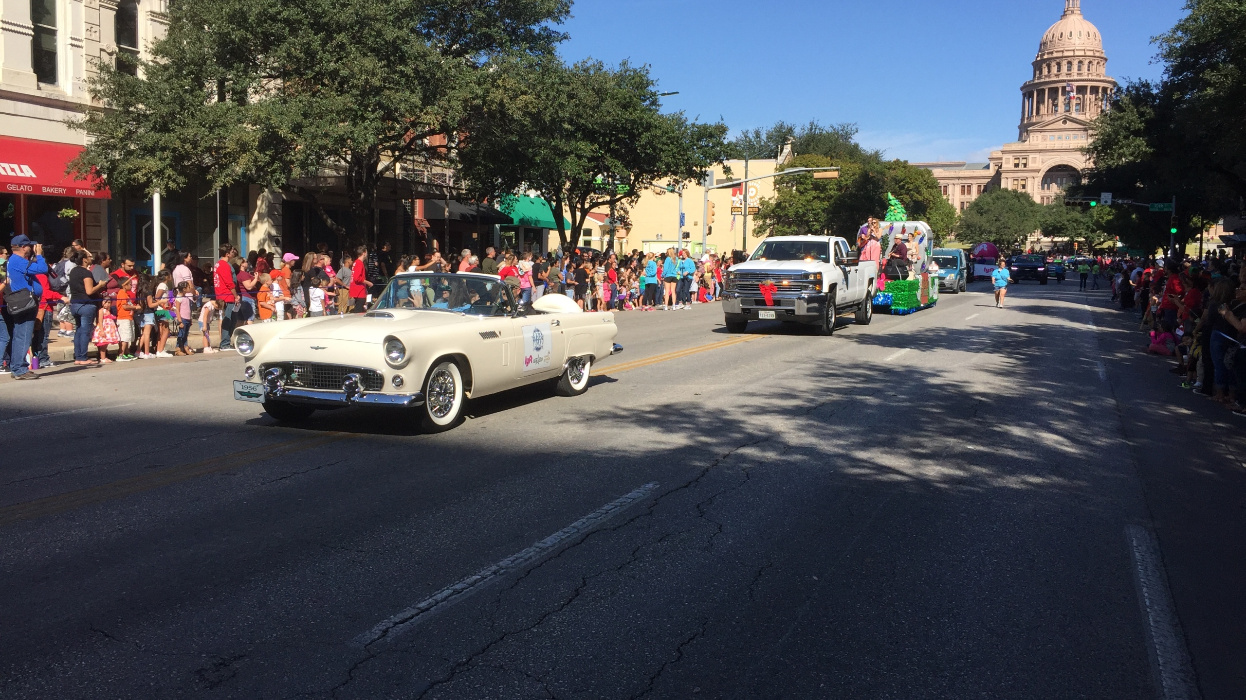 Chuy's Children Giving to Children Parade 2017_583767