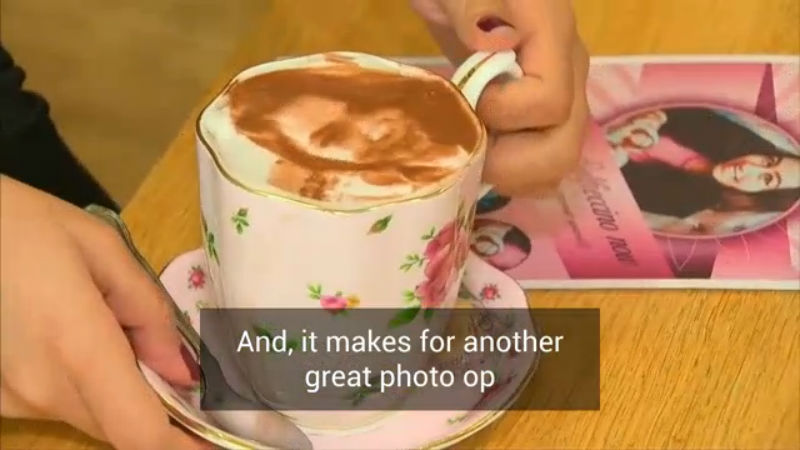 London cafe prints selfies on its cappuccino foam