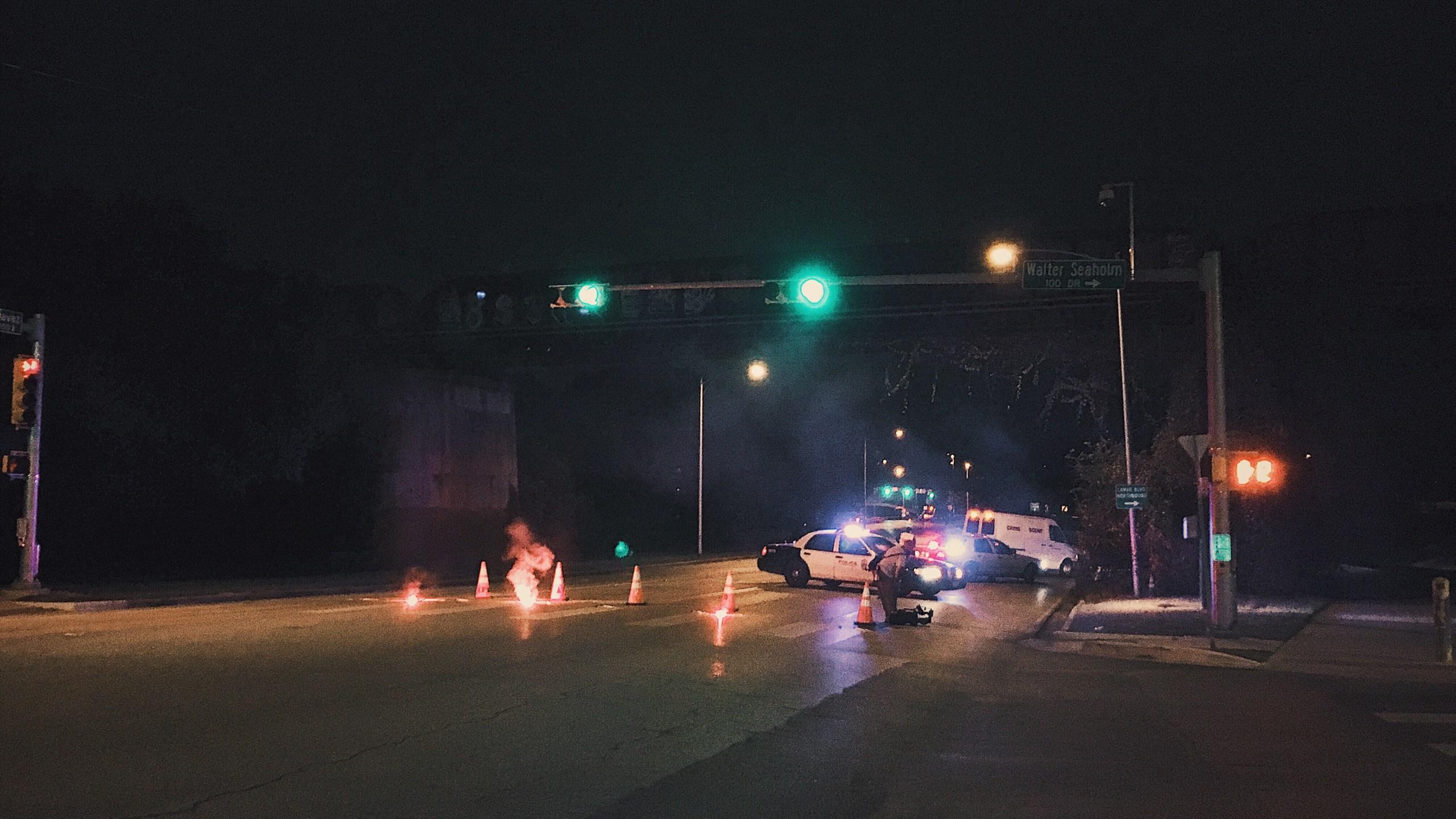 Cyclist killed in crash_592233