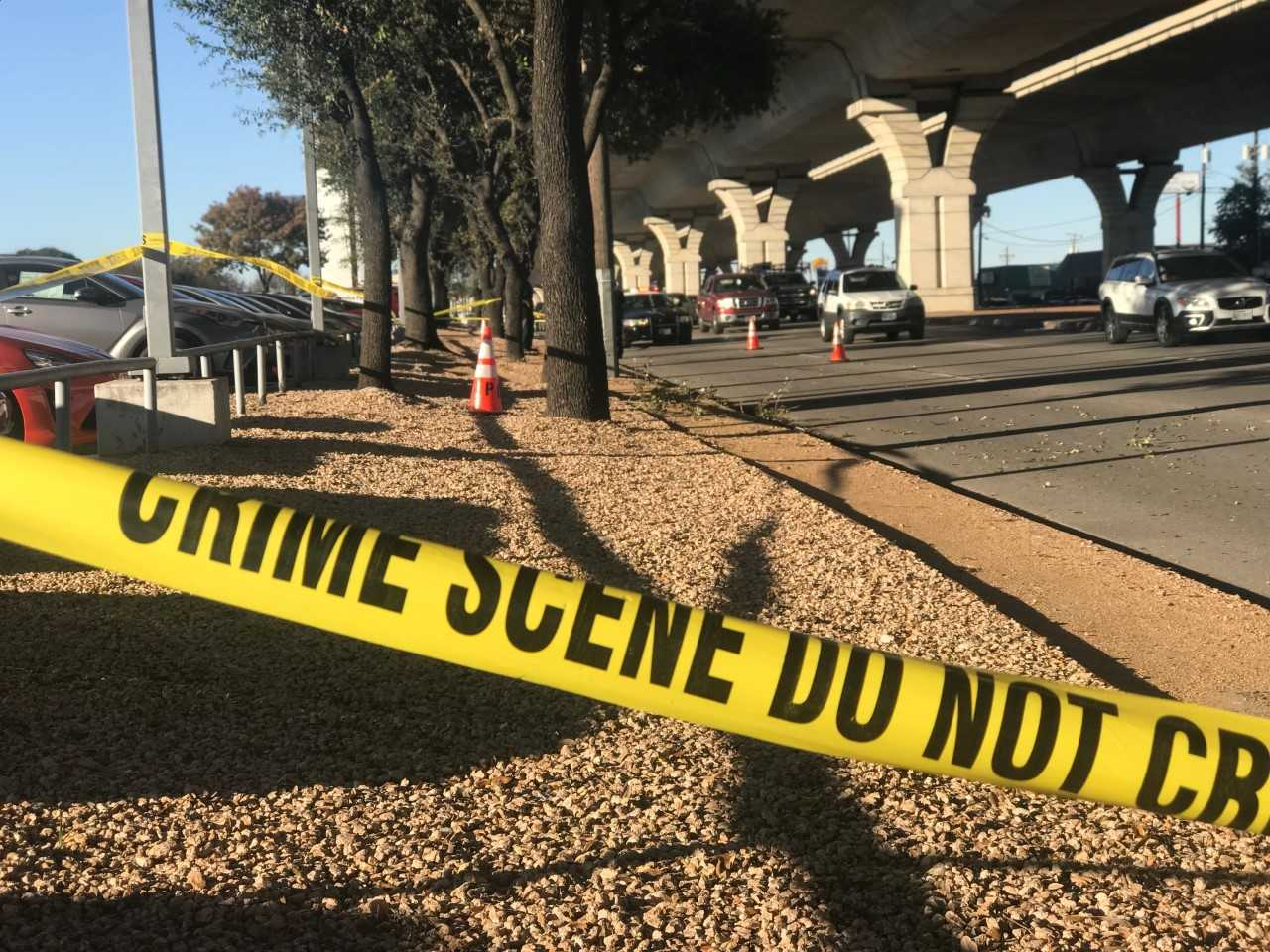A motorcyclist fell 20-25 feet off of US 183 onto Research Boulevard near Lazy Lane on Dec. 12, 2017 (KXAN Photo_Frank Martinez)_596748