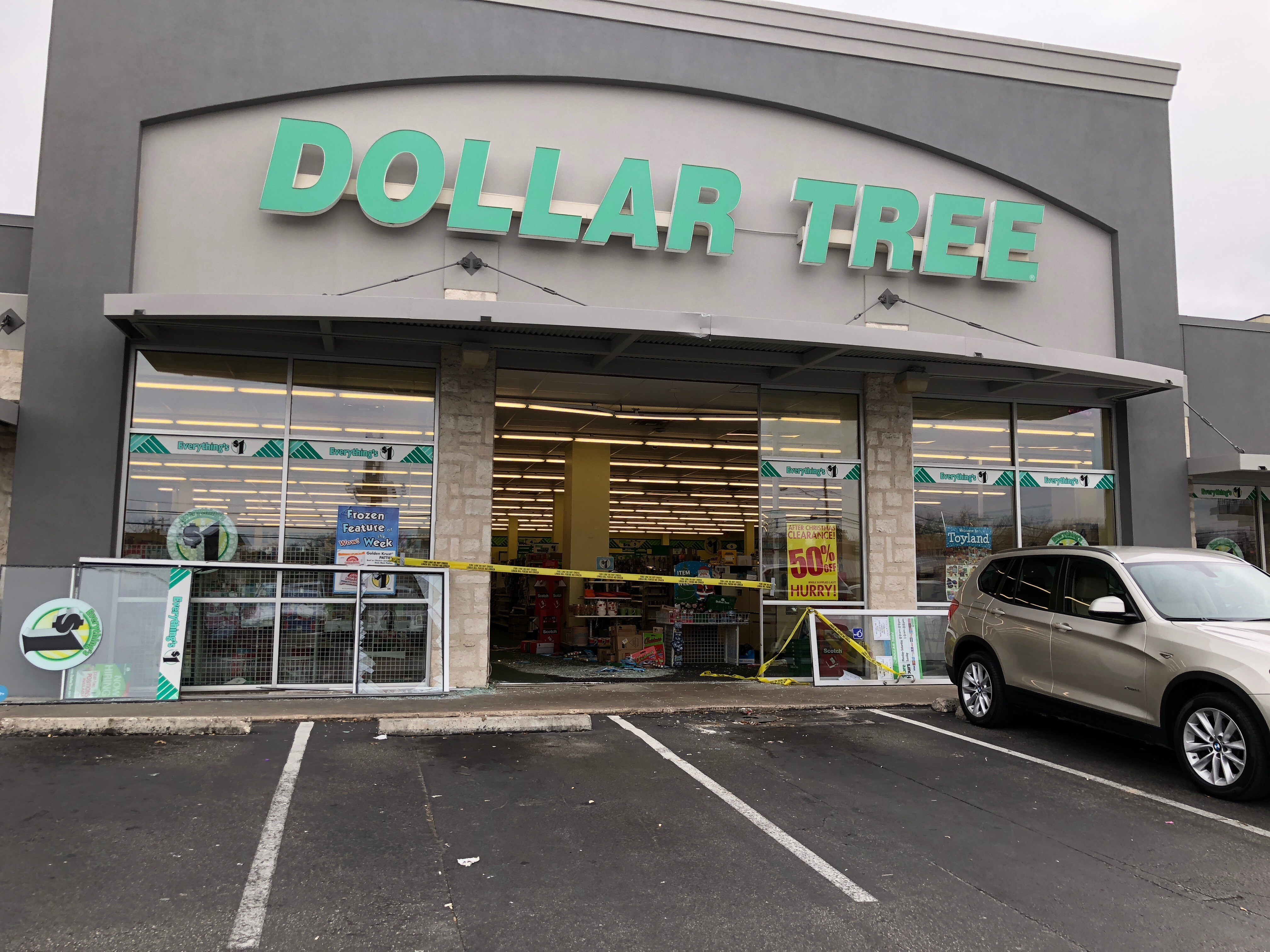 Driver slams into Dollar Tree in central Austin on Dec. 30, 2017. (KXAN Photo)