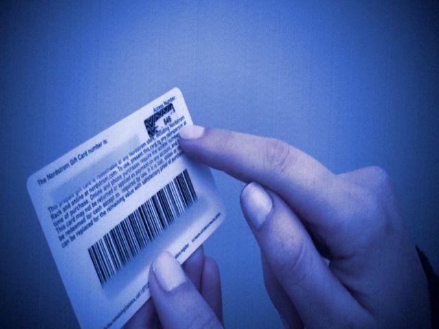 NC_giftcards1222_mezzn_602496