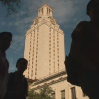 UT students on campus with the tower in background_373718