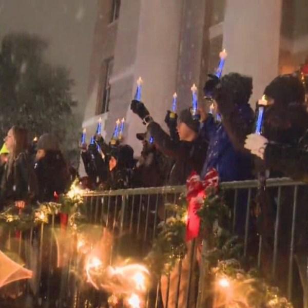 Candlelight vigil for Officer Kenneth Copeland on Dec. 7, 2017_594326