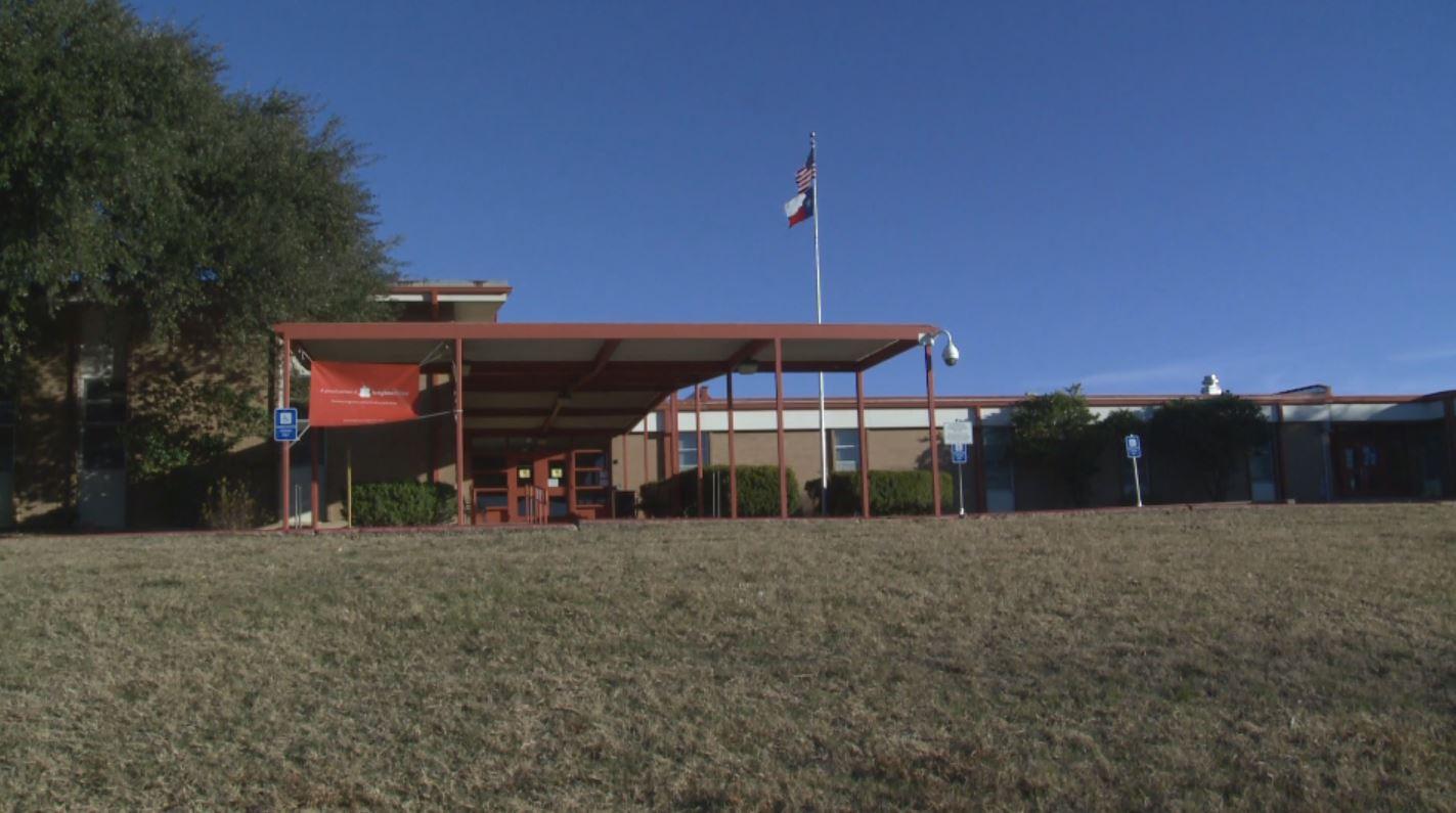 Norman Elementary School (KXAN Photo)