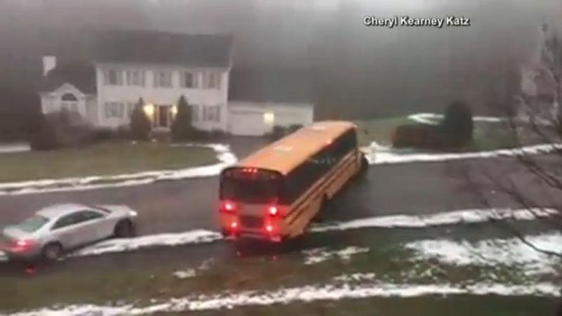 school bus ice_621152