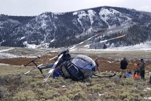 Elk Crashes Helicopter_635570