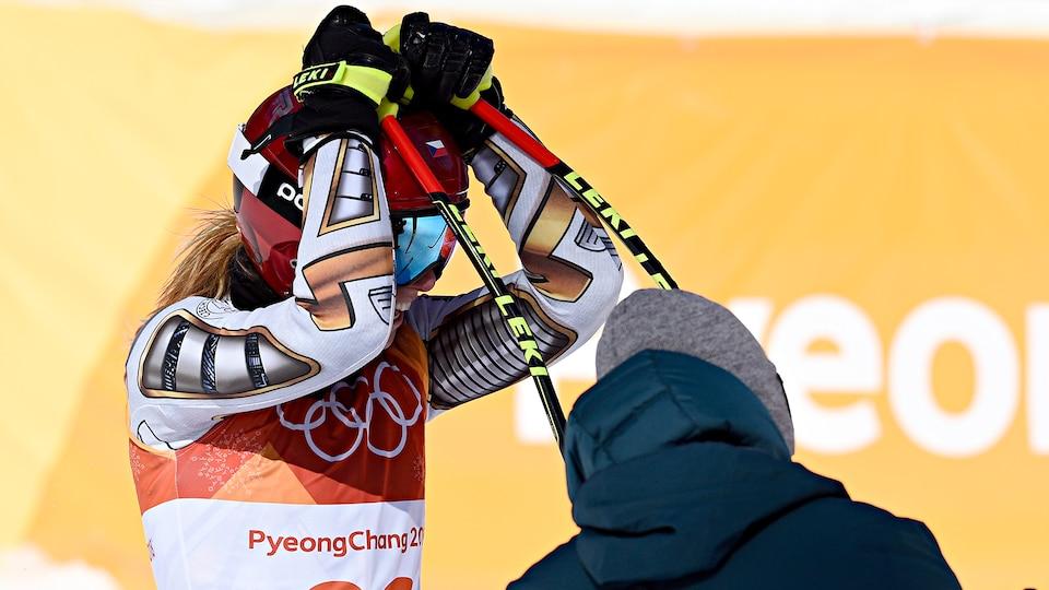 ester_ledecka_stunning_gold_medal_image_638477