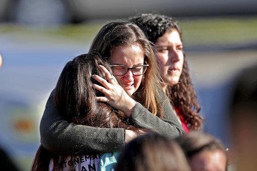 APTOPIX School Shooting Florida_636711