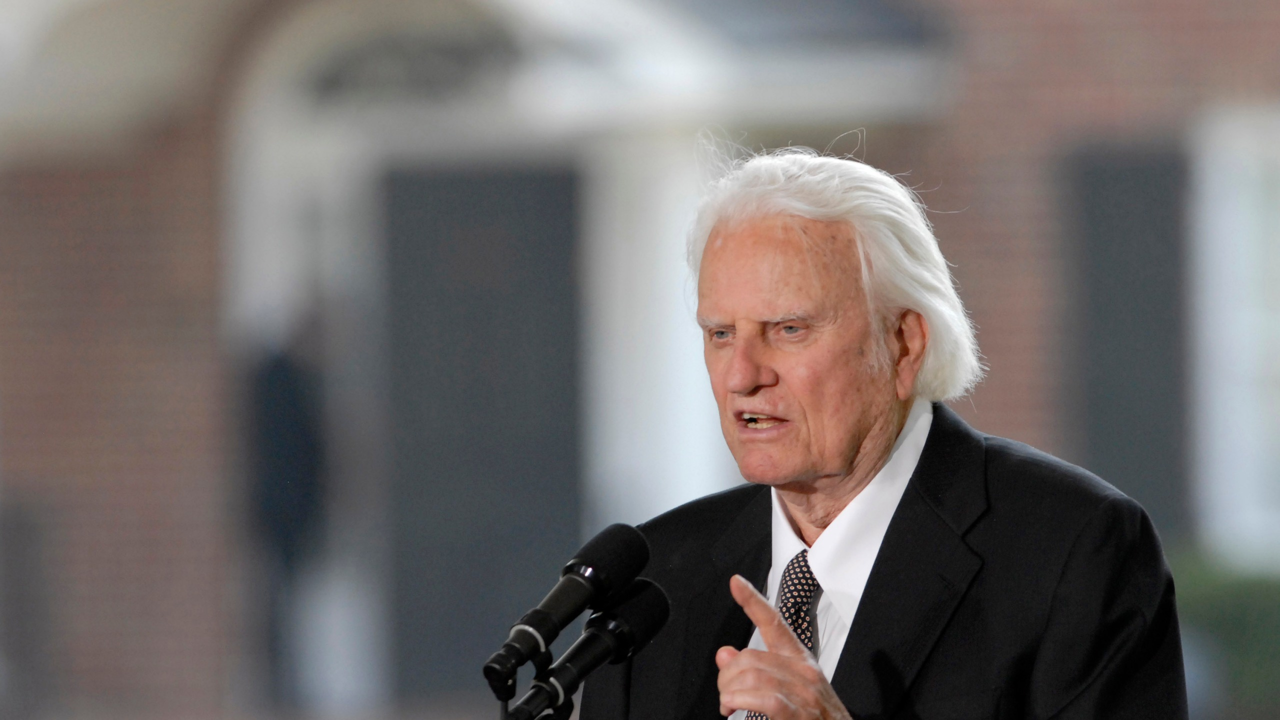 Former Presidents Bush And Clinton And Carter Attend Opening Of Billy Graham Library_640986