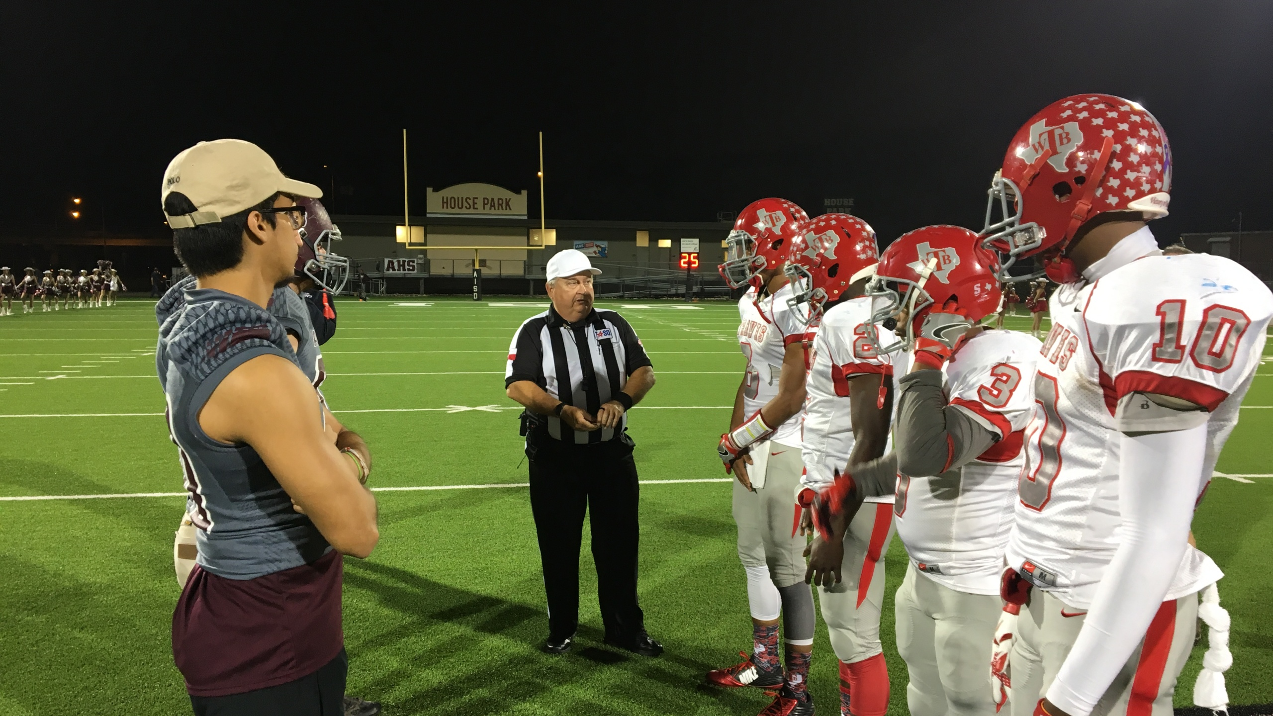 Travis vs Austin High at House Park football (KXAN Photo_Chris Tavarez)_370865