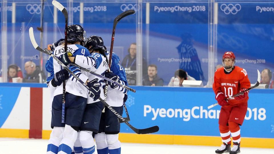 usa-finland-oar-womens-hockey_636788