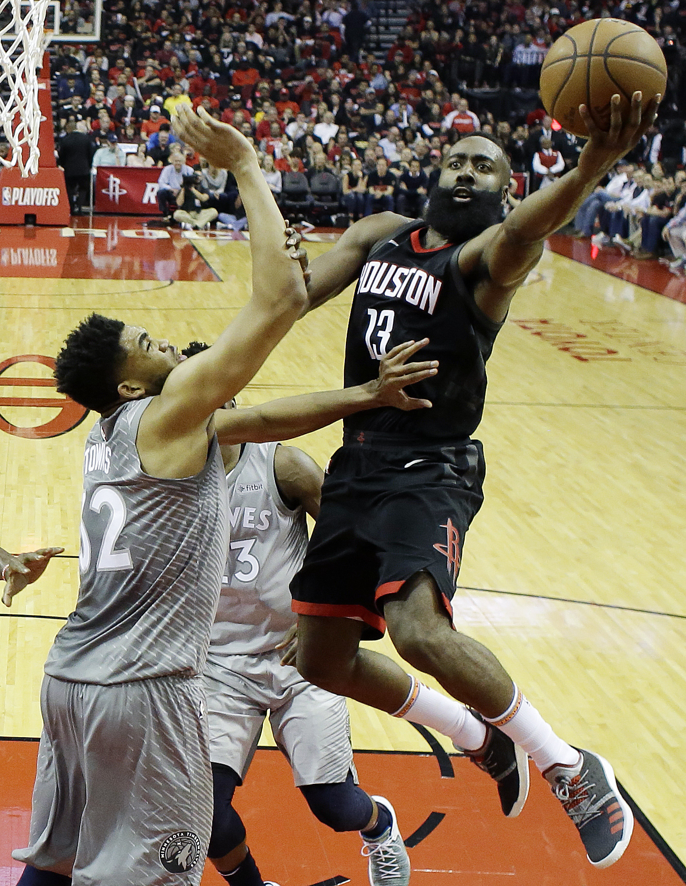 Timberwolves Rockets Basketball_1523852352017