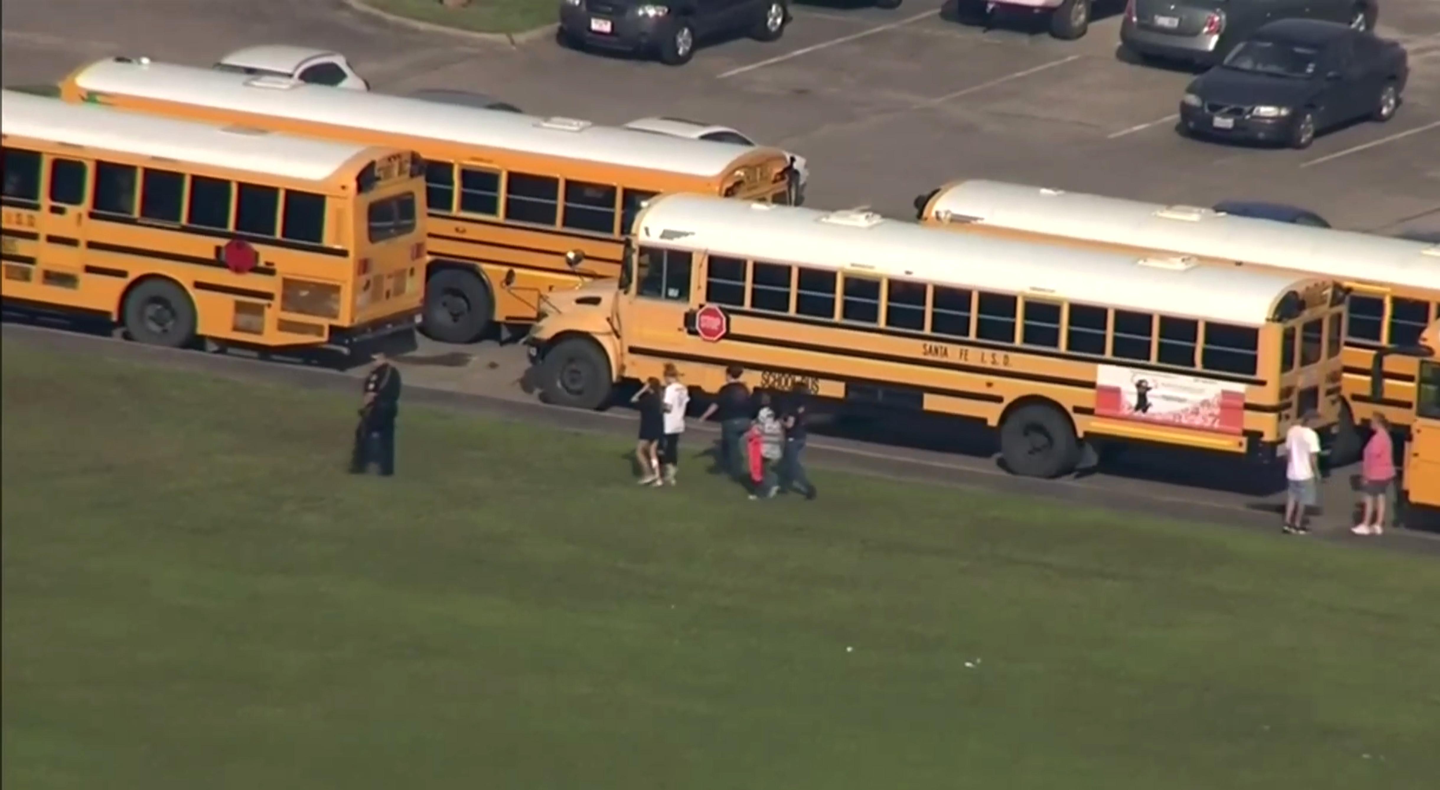 School Shooting-Texas_1526656941151
