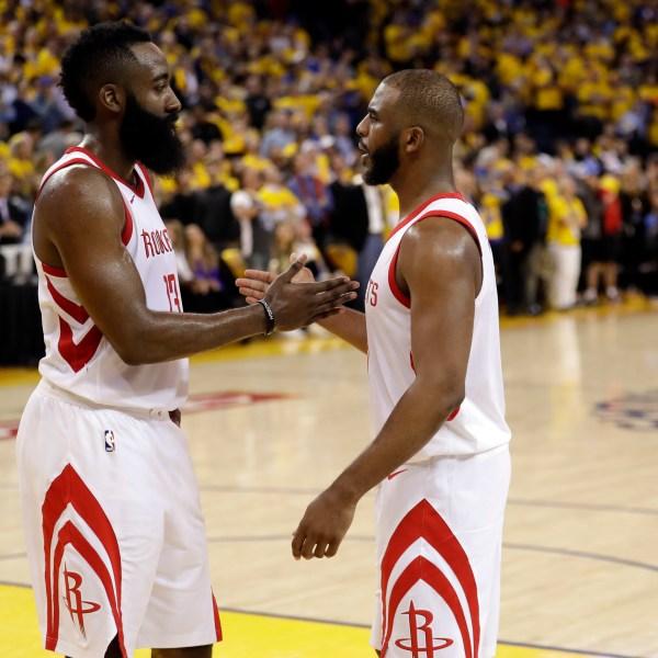 Rockets Warriors Basketball_1527048097098