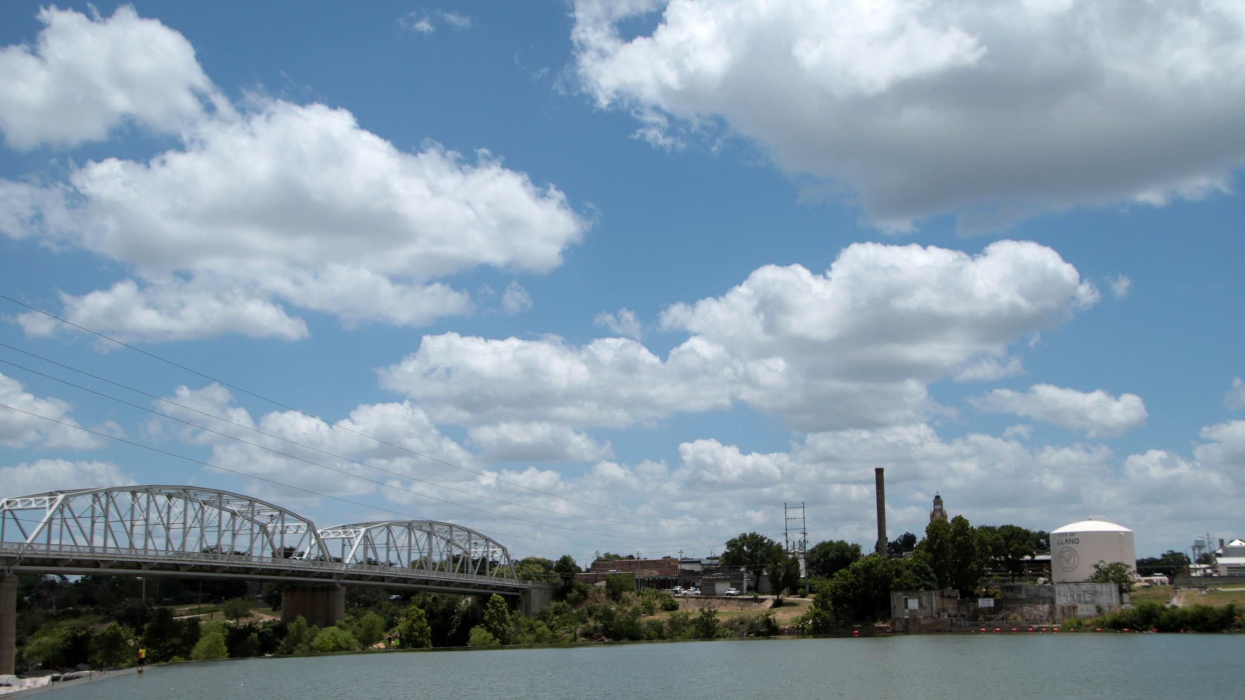 Llano River - Badu Park_303022