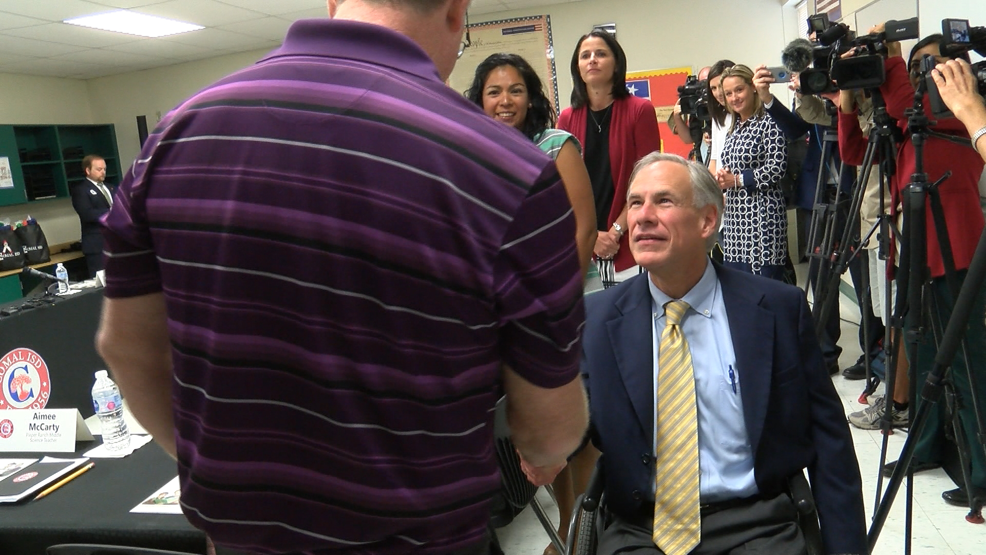 Gov  Abbott: Texas is looking for ways to pay teachers more