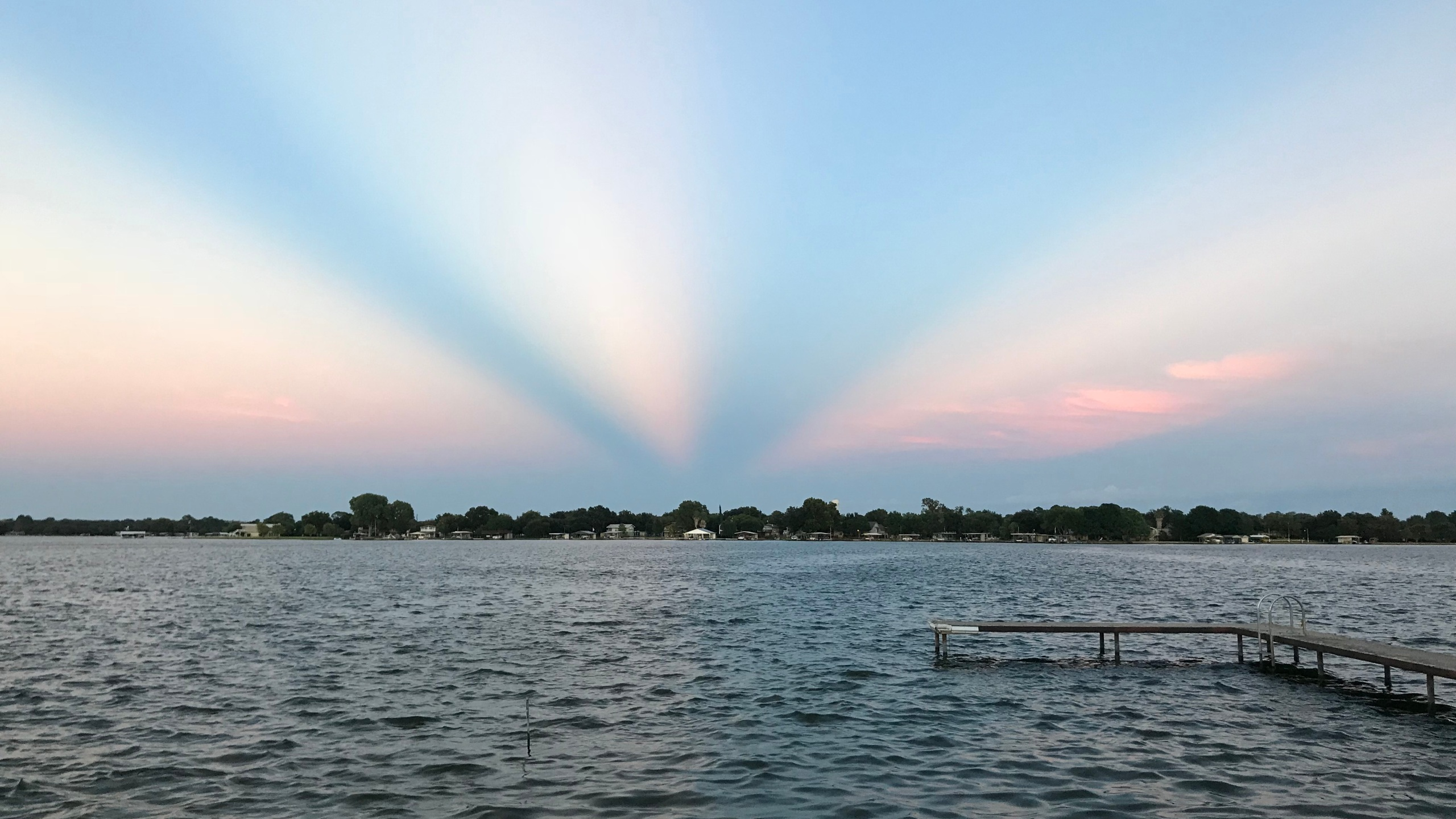 Anticrepuscular rays at sunset Thursday
