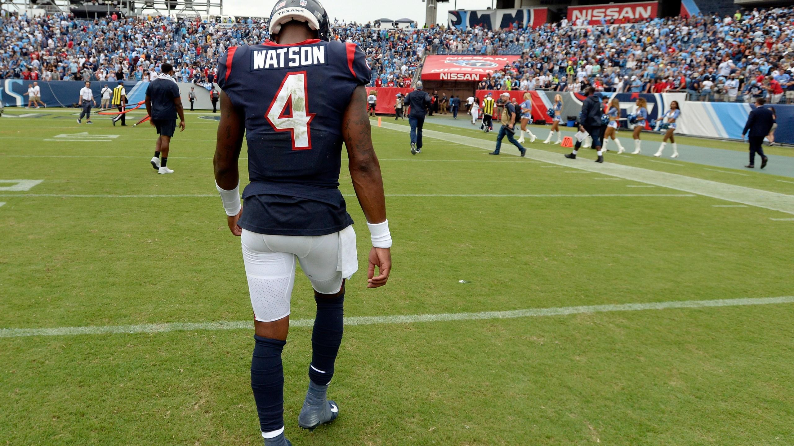 Texans Titans Football_1537149160654