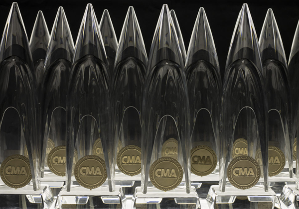CMA-Awards-Trophies_1537823202991-873703986.png