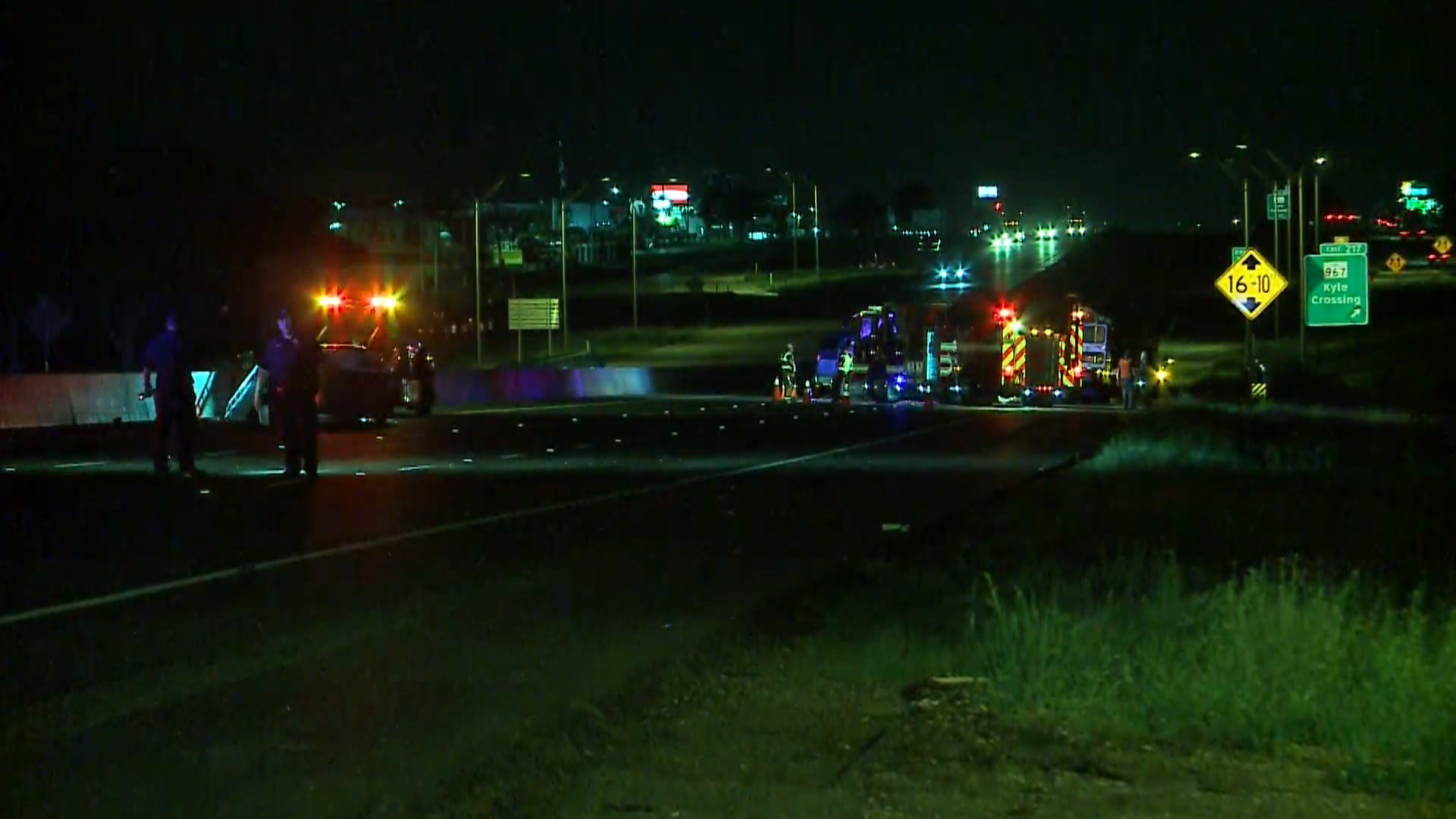 Investigators recreate fatal Buda crash, shut down parts of I-35