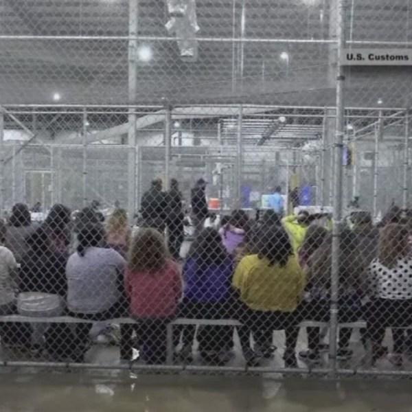 Over_5_600_immigrant_children_spending_T_1_20181122033041