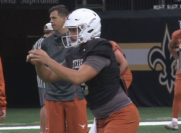 Cameron Rising Texas football