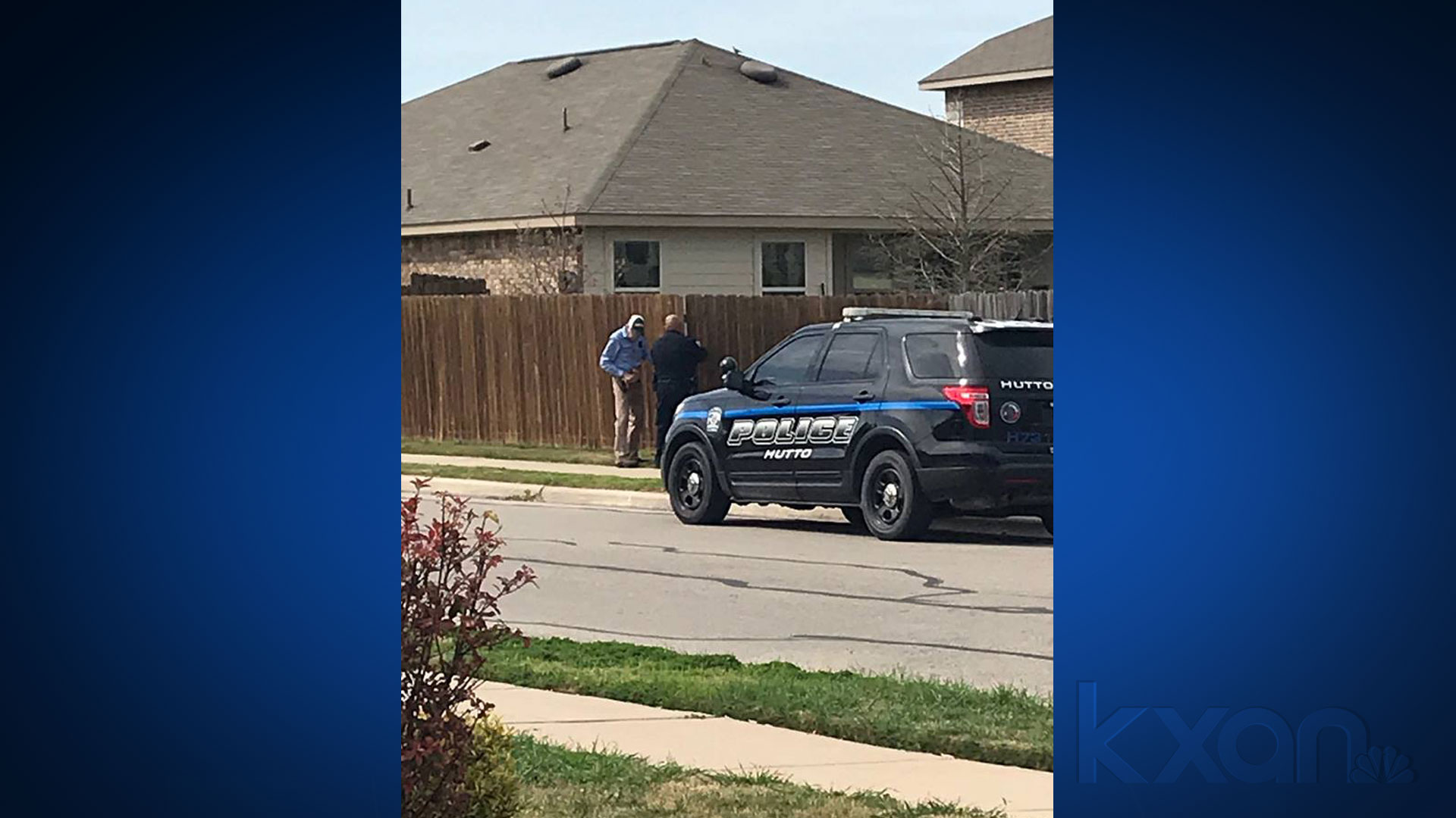 hutto-police-help with fence