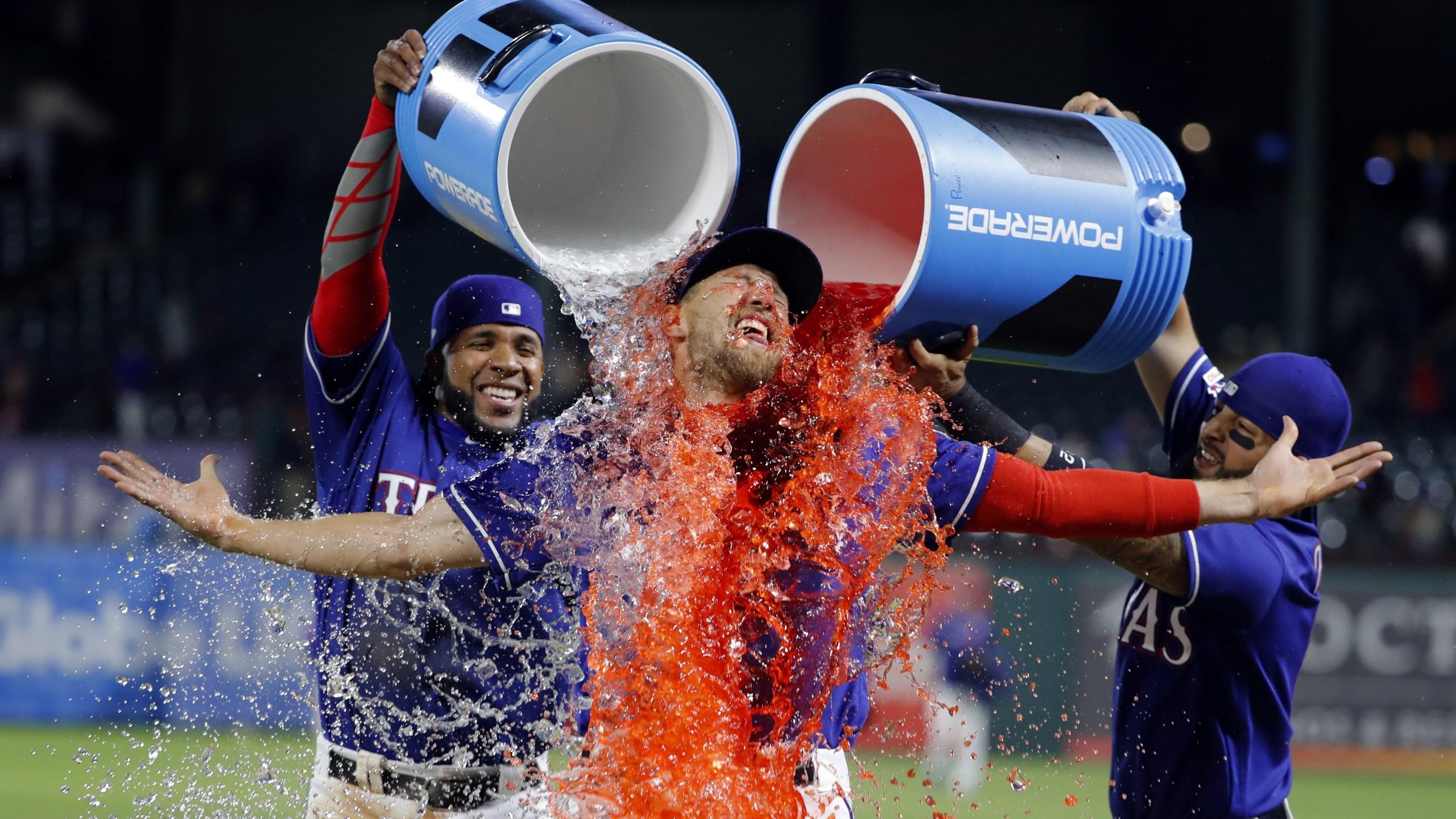 Rangers beat Astros 4-3-2019