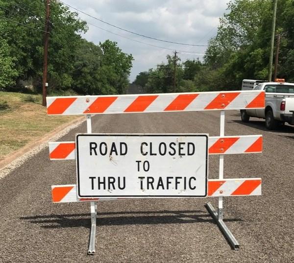 New Llano barricade