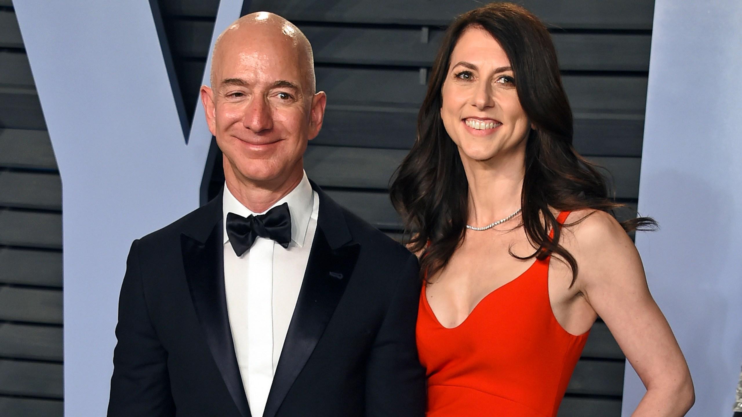 MacKenzie Bezos Giving Pledge_1559139866857