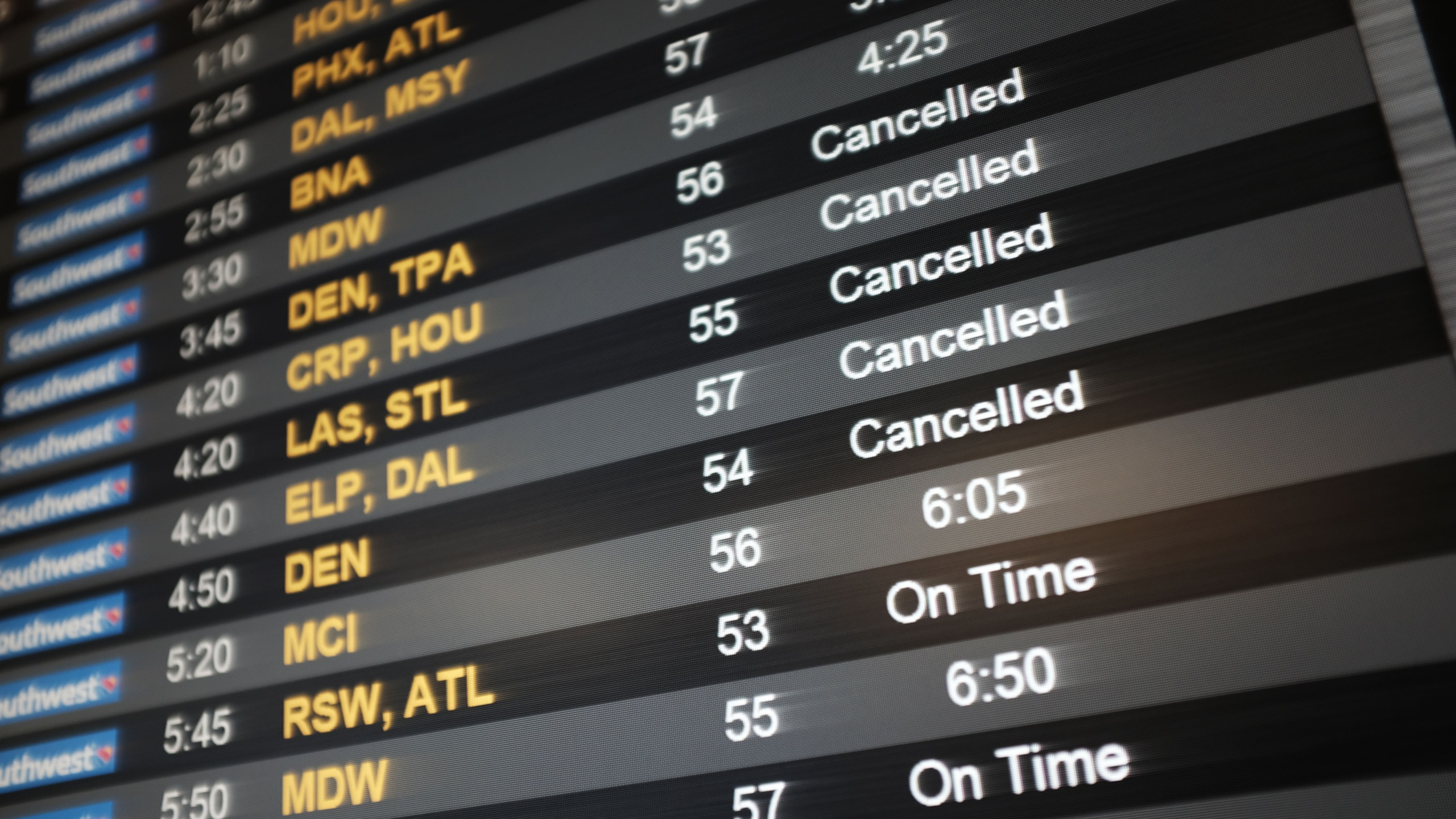 Flight delay cancellations