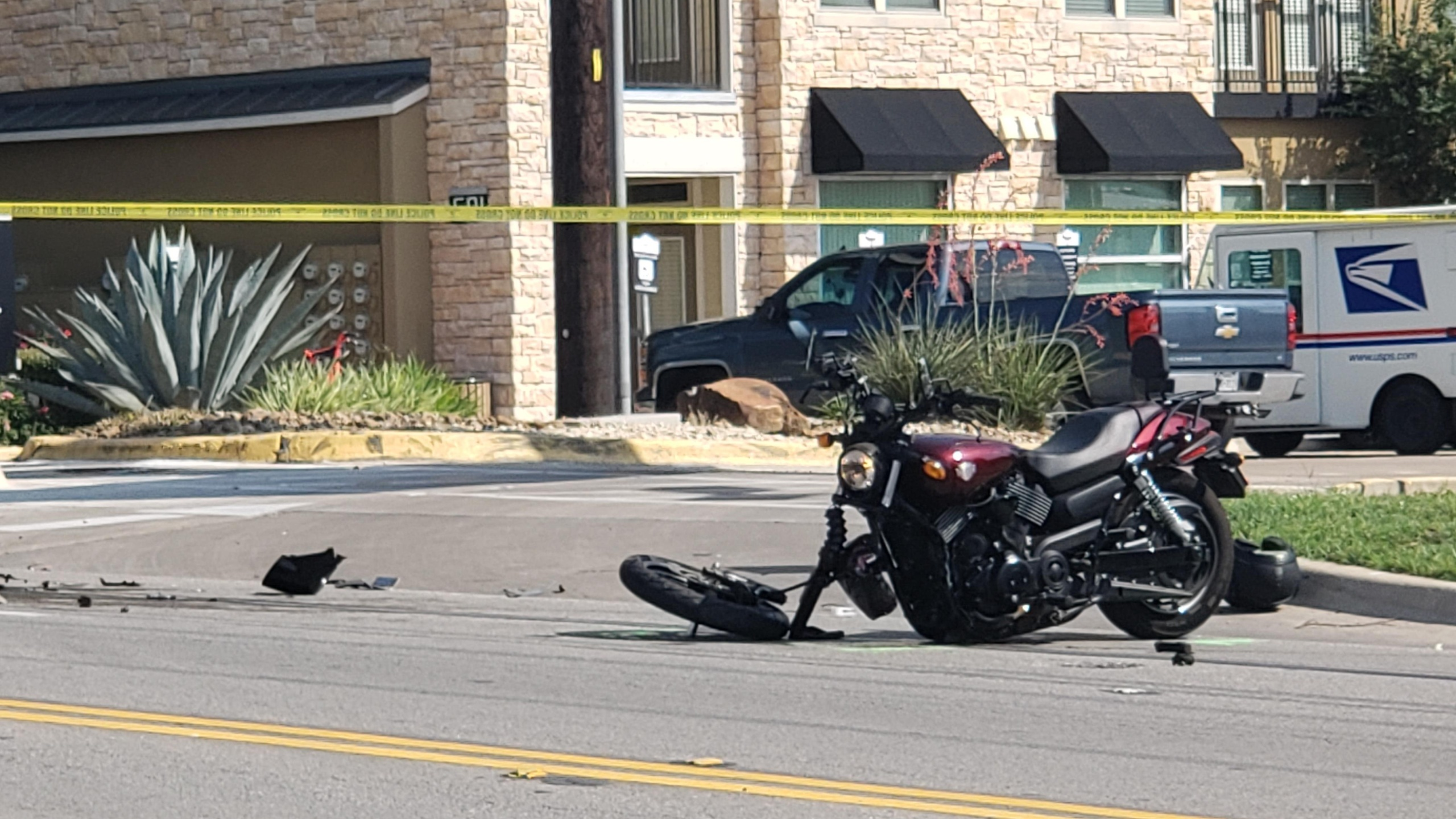Motorcyclist killed in Monday crash on Oltorf Street